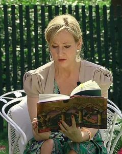 J.K. Rowling reads from Harry Potter and the Sorcerer's Stone