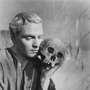 Laurence Olivier in Hamlet 1948